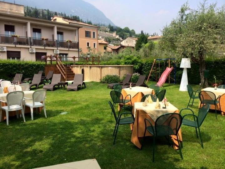 Capodanno Hotel Eden Lago Garda Cenone toscolano maderno Foto