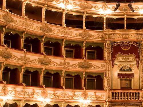 teatro grande brescia foto